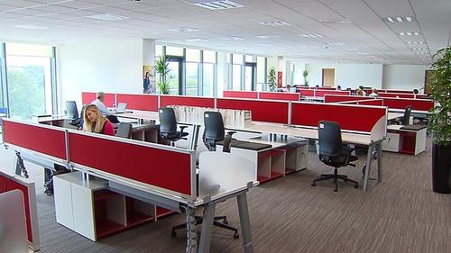Qualcomm creates 100 jobs at Cork base
