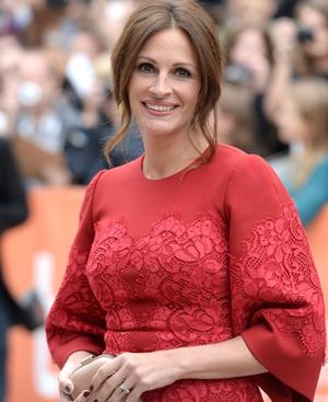 Julia Roberts wearing Dolce & Gabbana