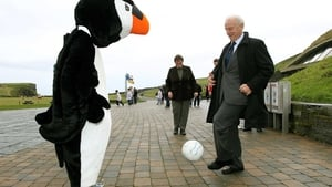 Trapattoni has a kick around with Paudie the Puffin, Cliffs of Moher mascot in October 2011