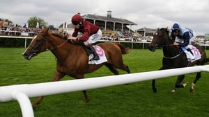 Jamie Spencer and The Lark push clear to win the Park Hill
