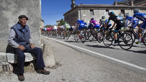 The peloton riding the 189km stage between Burgos and Pena Cabarga