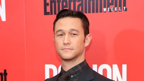 "Jpseph Gordon-Levitt used to feel ""awkward"" when fans approached him on the street"