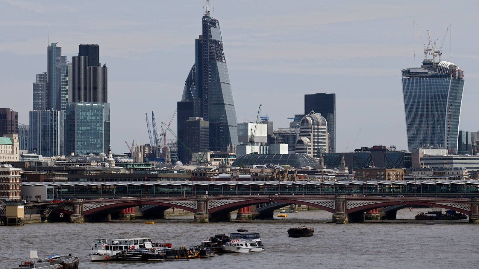 EU gives post-Brexit reprieve to London clearing houses