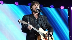 Billy Ray Cyrus has defended his daughter