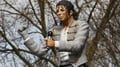 Fulham to remove Michael Jackson statue
