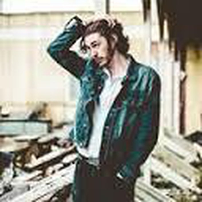 Music & chat with Andrew Hozier