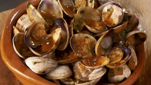 Try Rachel Allen's saffron clams at home by following her step by step guide