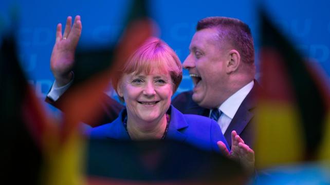 German Chancellor Angela Merkel praises Ireland for its bailout programme progress