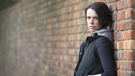 Caoilfhionn Dunne as Lizzie