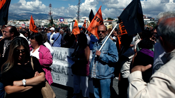 Greek teachers announced a series of strikes starting protest against job transfers and lay offs