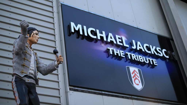 The statue of Michael Jackon will be returned to Mohammed Al Fayed