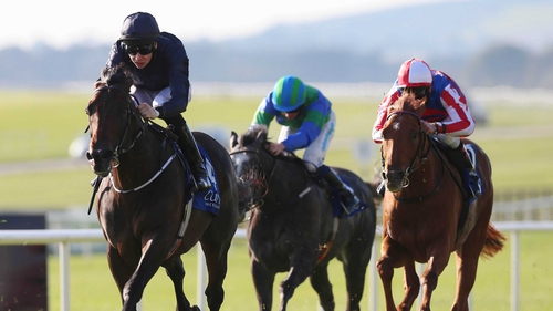 Aidan O'Brien won his 13th Beresford Stakes at the Curragh with middle-distance prospect Geoffrey Chaucer