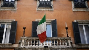 Italy's economy grew 0.4% in the first three months of 2017 due to firm domestic demand