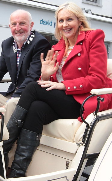 Miriam O Callaghan with Mick Deely, Mayor of Newbridge Town Council