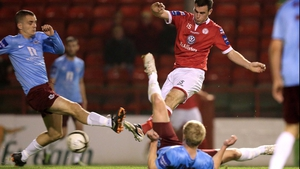 Paul Andrews' strike gave Shelbourne a two-goal buffer at Tolka Park after 24 minutes