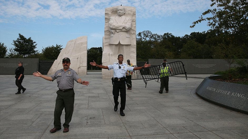 US Park Police and park staff close the Martin Luther King monument in Washington