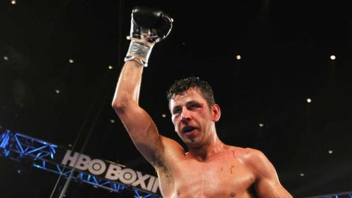 Darren Barker is set to fight Felix Sturm on 7 December