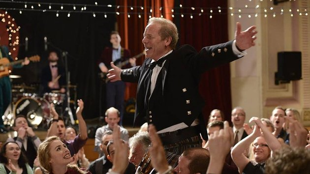Peter Mullan gets carried away in a kilt