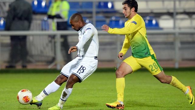 Jermain Defoe scores Tottenham's first