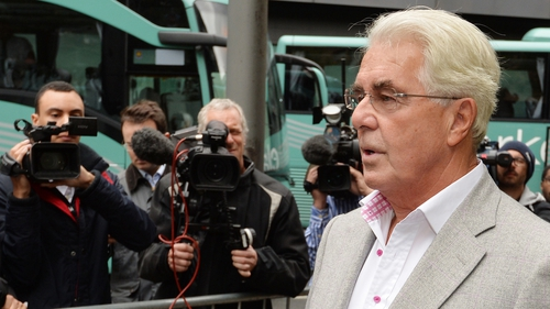 Jailed Max Clifford has coronary heart assault after jail collapse