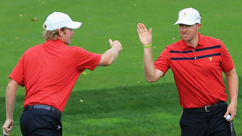 Brandt Snedeker (l) and Hunter Mahan
