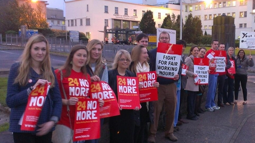 Doctors striking over working hours
