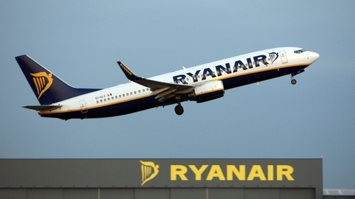 Ryanair reports 4% increase in passenger numbers and load factor for last month