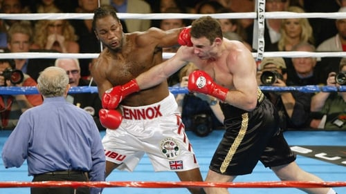 Lennox Lewis fought Vitali Klitschko in Los Angeles in 2003