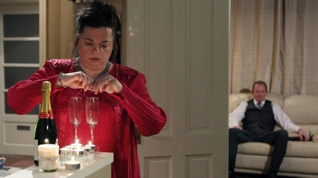 Vivienne slips something in Paddy's drink