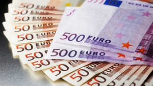 EU finance ministers approve extension of the EFSI