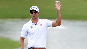 Adam Scott produced a stunning round of 62, including two eagles
