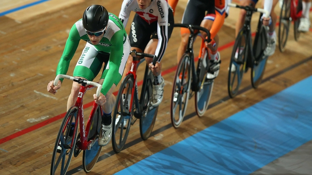 Martyn Irvine in action in the scratch race round of the omnium