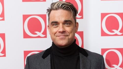 Robbie Williams wins Q Idol Award