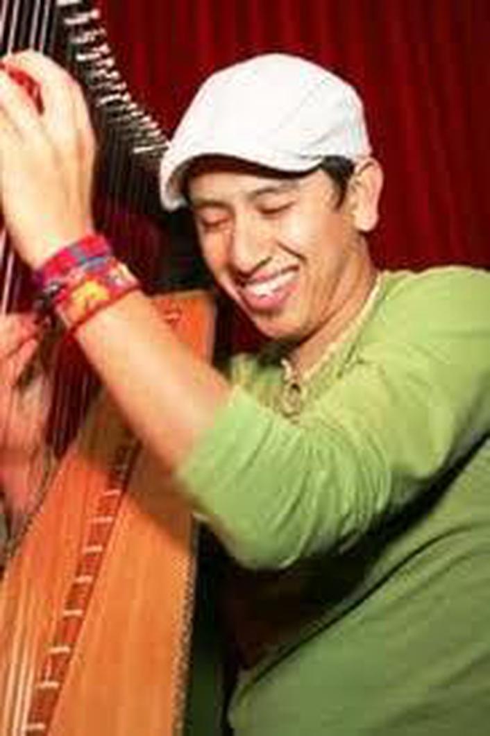 Columbian Harpist Edmar Castanada