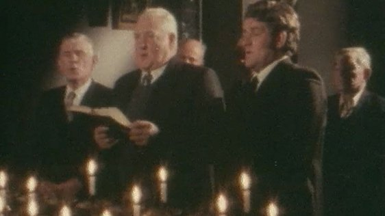 Six Wexford men keep up a 300 year old tradition of Christmas carols sung in an unusual style.