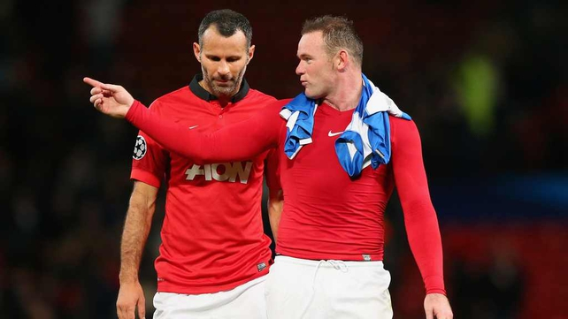 Wayne Rooney speaks to Ryan Giggs after yesterday's 1-0 win