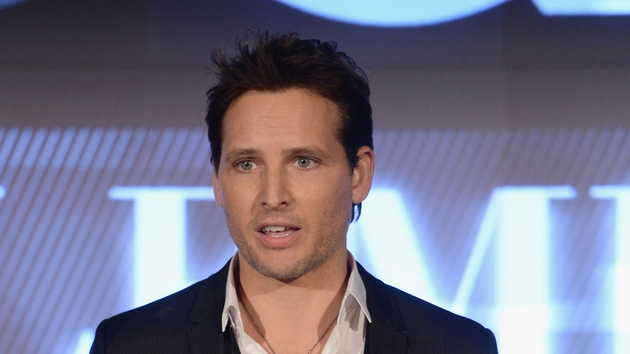 Twilight Star Peter Facinelli is launching his first adult novel