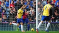 Gutsy Gunners down struggling Eagles