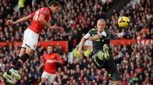 Javier Hernandez heads the winner for Manchester United