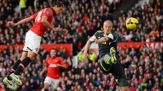 Javier Hernandez heads the winner for Manchester United