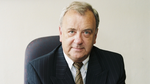 Former Fianna Fáil minister Noel Davern has died suddenly aged 67