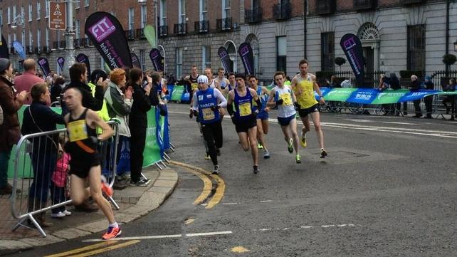 Elite athletes taking the first bend onto Leeson Street (Picture Dublin Marathon)