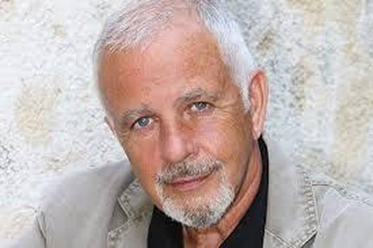 Singer Songwriter David Essex