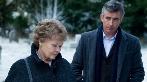 Philomena Lee, played by Judi Dench, and Steve Coogan as journalist Martin Sixsmith