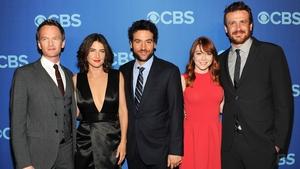 Cobie Smulders (second left) with her HIMYM co-stars Neil Patrick Harris, Josh Radnor, Alyson Hannigan and Jason Segel