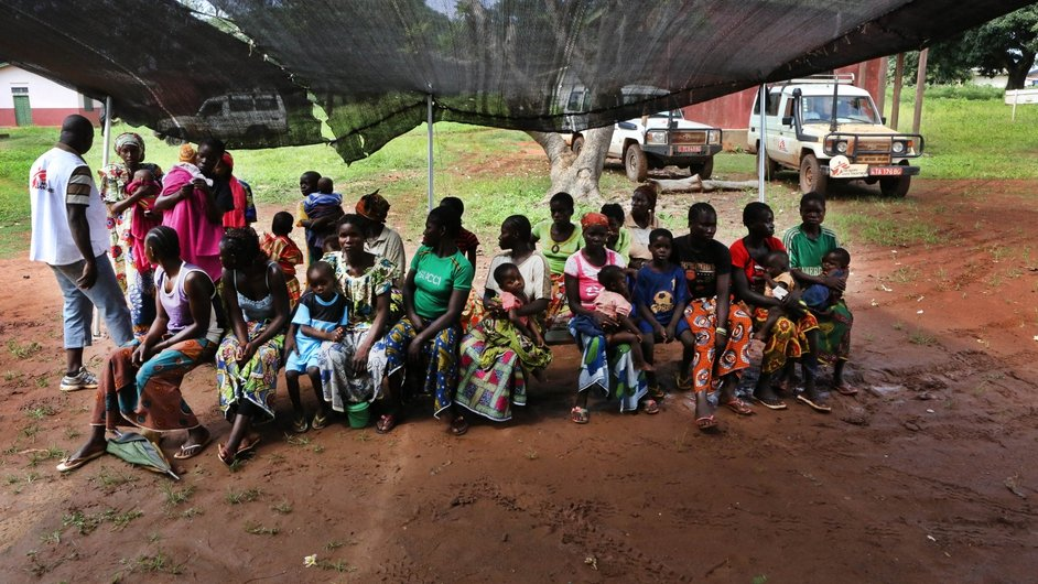 As the rainy season continues, those in the bush are also particularly at risk of contracting malaria (Pic: Juan Carlos Tomasi, MSF)