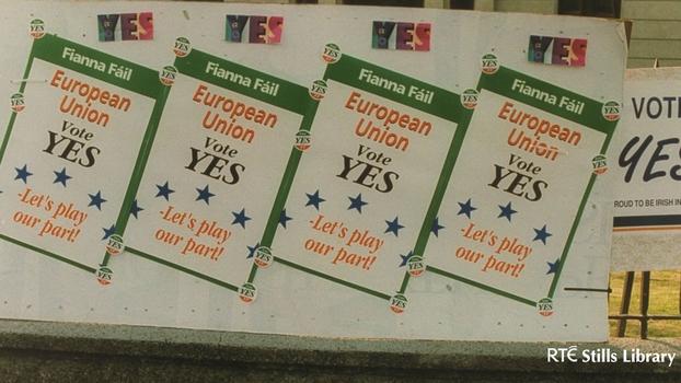 Pro-Maastricht Treaty posters