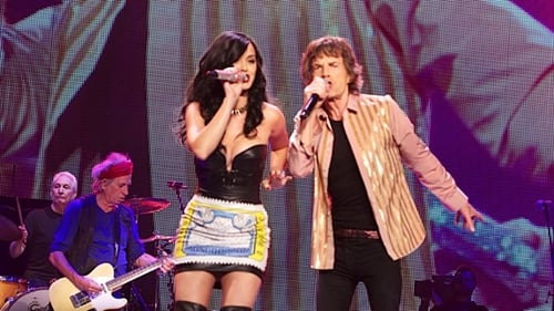 Katy Perry and Mick Jagger perform Beast of Burden during The Rolling Stones 50 and Counting tour