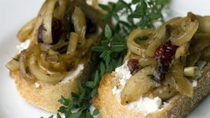 Kevin Dundon's Caramelised onion bread