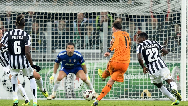 Gareth Bale scores Real Madrid's second goal against Juventus